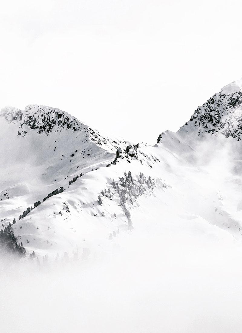 3-Rogan-Experiential-Skiing